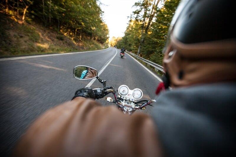 Sledovanie motocyklov